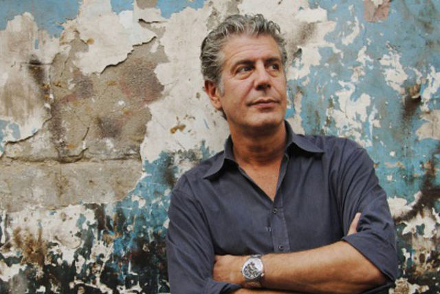 2c3db2b243 How Anthony Bourdain Advocated For Restaurant Workers