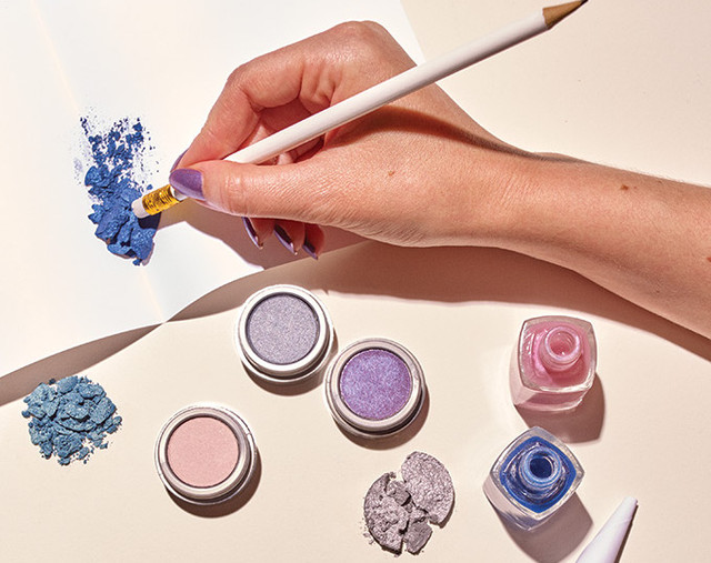 Make Your Own Nail Polish With This Easy DIY