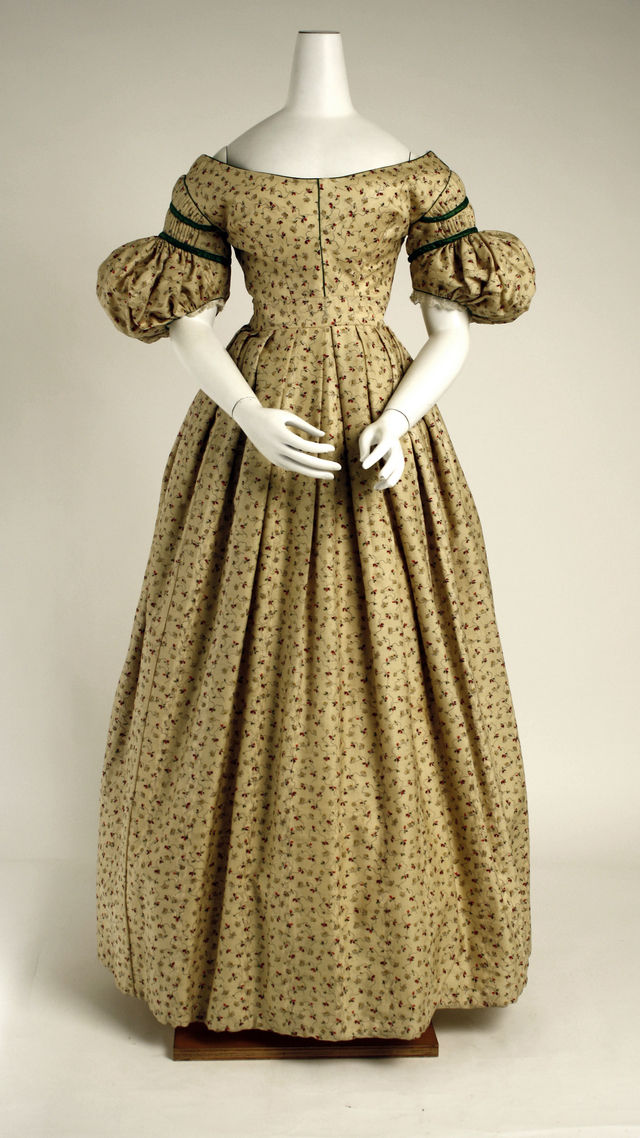 1834 36 british wool dress via met museum image 1 4 116fc