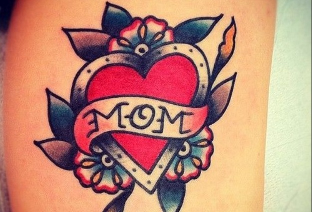 mom tattoos d1144