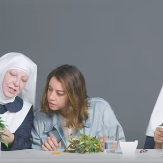 Screen Shot Plaza Weed Nuns