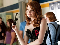 emma stone in easy a normal